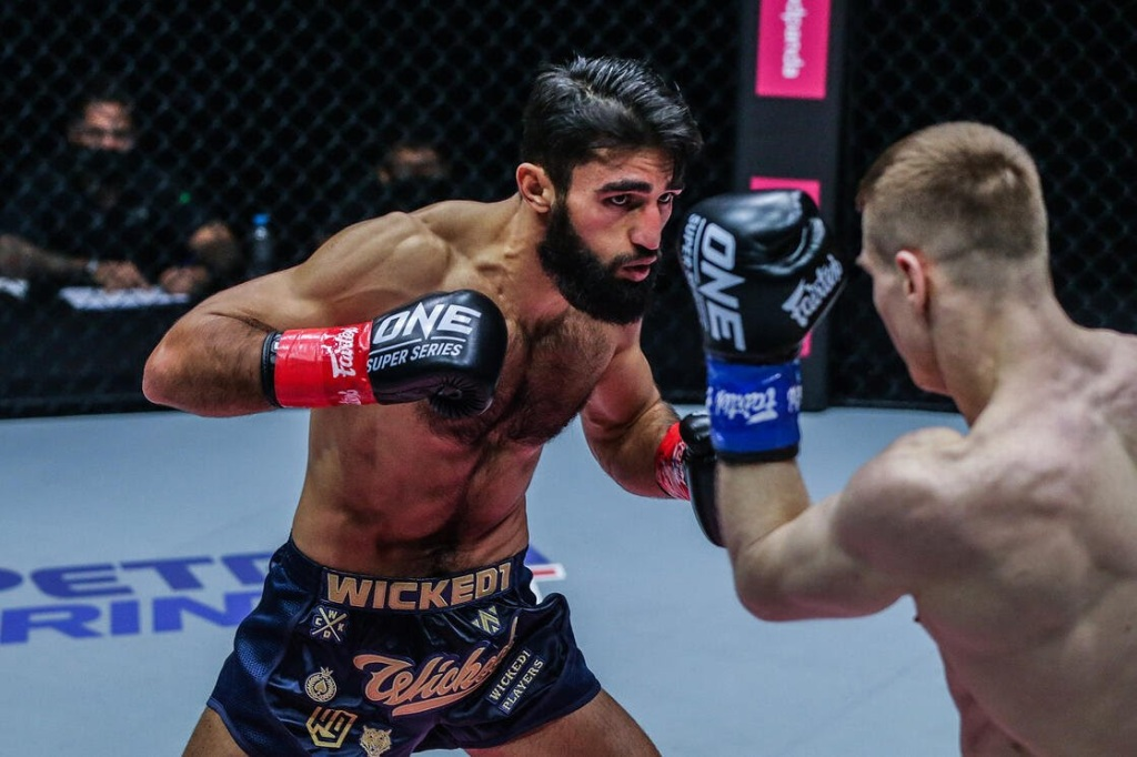 "Marat Grigorian fights Ivan Kondratrev at ONE Championship's ""Big Bang"" event. (ONE Championship)"