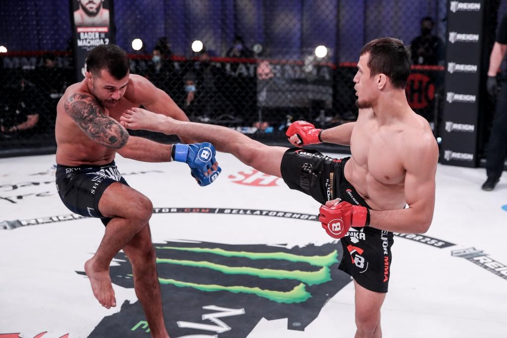 Usman Nurmagomedov throws a leg kick at Mike Hamel